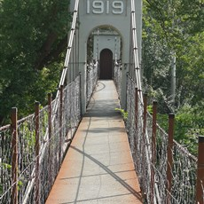 Parys 1919 suspension bridge